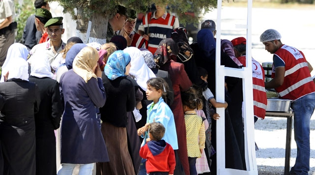 Number of Syrians in Turkey over 96,000, AFAD says