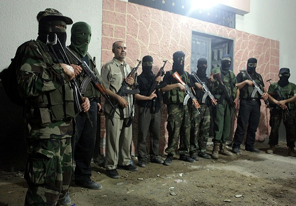 Lebanon: soldier, 7 civilians wounded in gunfight