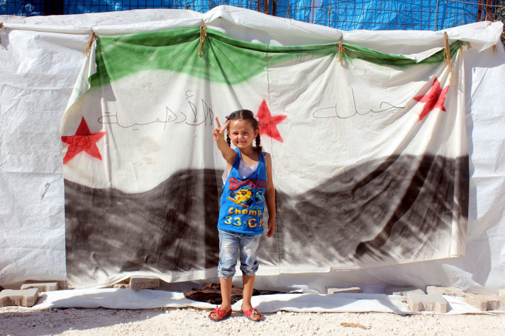 Syria refugee number could reach up to 700,000 by year-end: UN