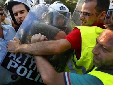 Greece unions to go to anti-budget strikes in October