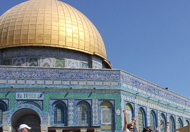 97 converted to Islam at Al-Aqsa in last 2 years: Imam