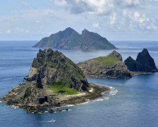 China says Vietnam claims to disputed islets 'ridiculous'