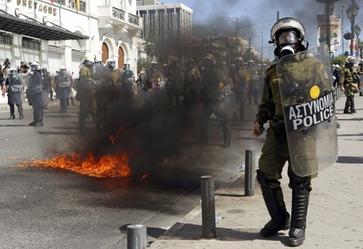 Clashes erupt at Greece anti-austerity protest