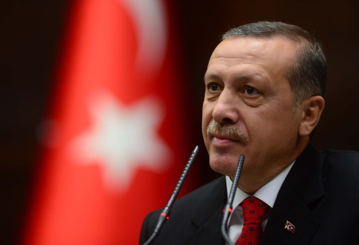Turkey's PM defends media restriction at congress