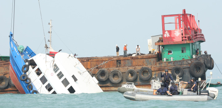 Hong Kong arrests crew after deadly ferry collision