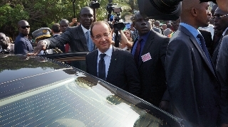 Hollande promises new path for Africa relations