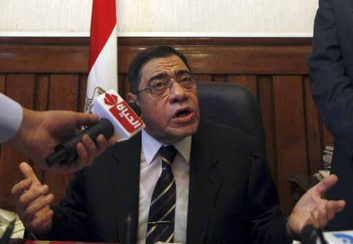 Deal keeps Egypt prosecutor-general to remain in office