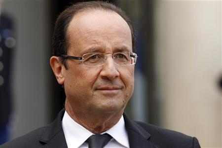 Obama talks with Hollande about response in Syria