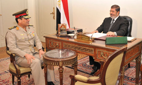 Mursi meets army chief for second day
