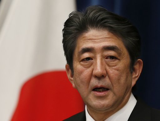 Japan's Abe calls for talks with China