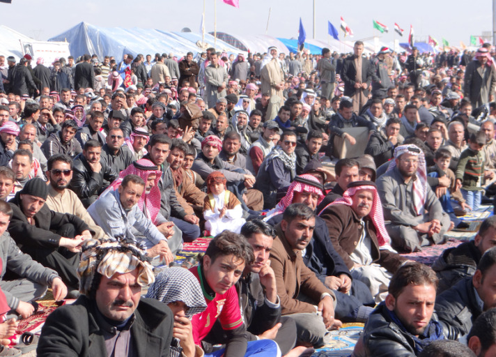 Iraq calls on US to arm Sunni tribes against ISIL