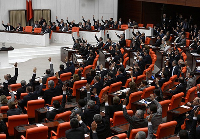 Turkish opposition warms to PM's proposal on 48 articles of new charter