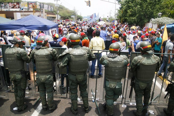 Venezuela releases another eight political opponents