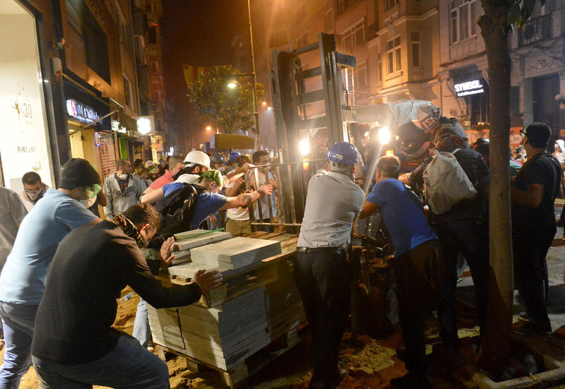 Taksim shopkeepers say protests reduced their sales
