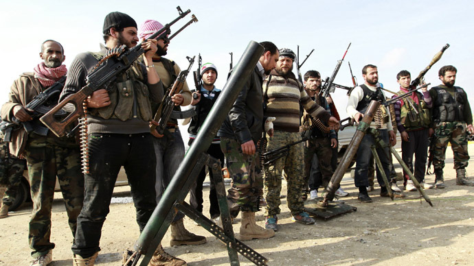 Syrian rebels move on northern army-held town