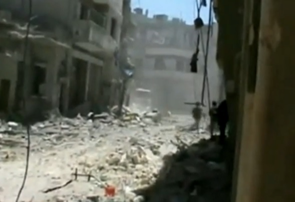 Homs battered by fighting