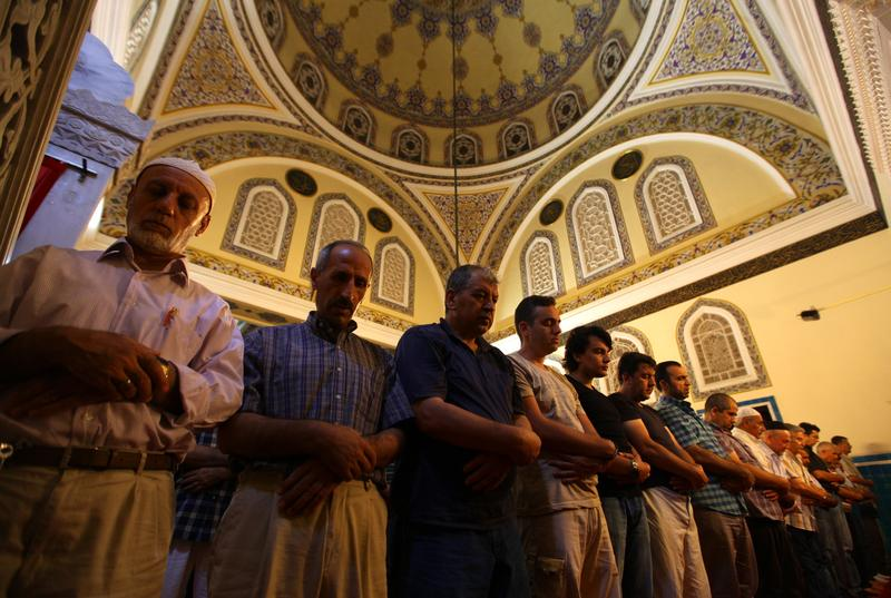 Ramadan welcomed by Muslims in Russia and Bulgaria