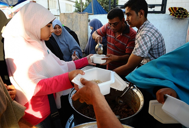Turkish organization to give 6 thousand iftar meals in Egypt