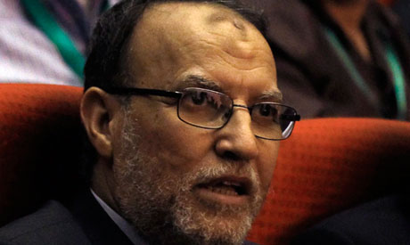 Egypt orders arrest of seven Islamist leaders