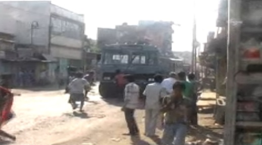 Violent protest in eastern India over school meal deaths
