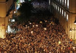 Spain police clash with protesters