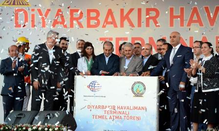 Ministers lay the foundation of Diyarbakir Airport's new terminal building