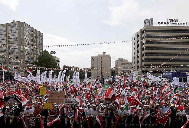 Several protests staged in Turkey for Egypt