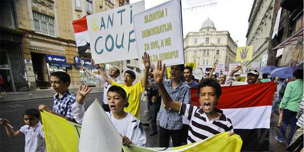 March in Sarajevo in support of Egyptian people