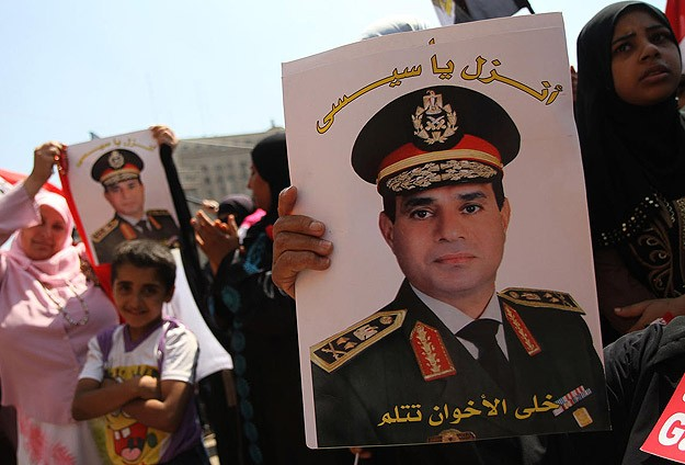 Sisi urges army to be strong, firm in security