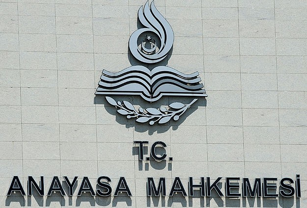Constitutional court to discuss election threshold