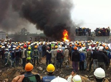 Workers clash with police in Vietnam, 8 dead