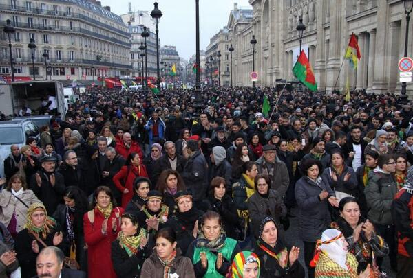 Thousands of Kurds rally in Paris for faster inquiry into activist killings