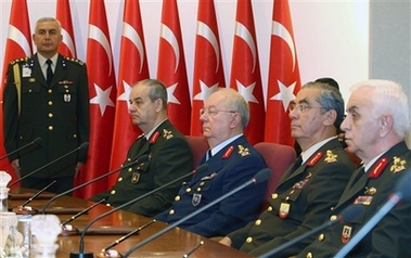 Turkish military expels officers