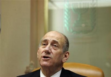 'Olmert considers land swap as part of future deal'