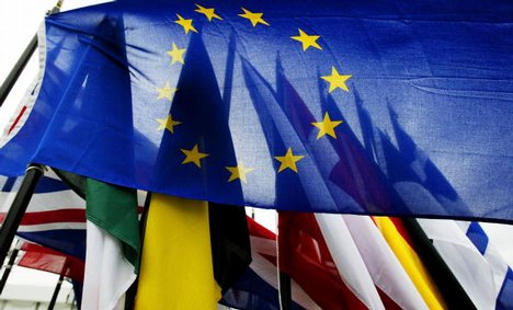 EU considers 'electronic entry clearance'