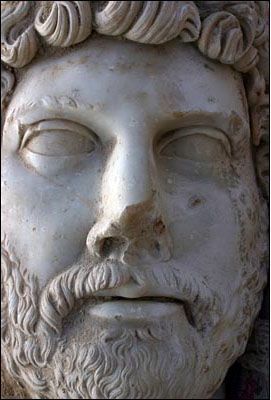 Giant statue of Hadrian unearthed in Turkey