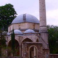 Missile Hits Bosnian Mosque