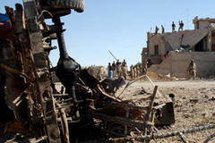 Fighters attack Baghdad mosques