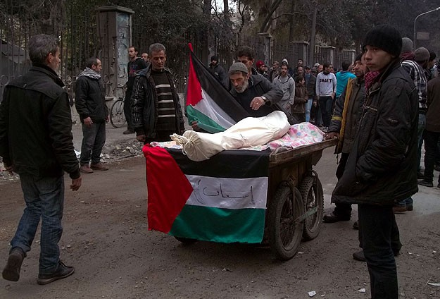 990 Palestinian refugees killed during Syrian conflict