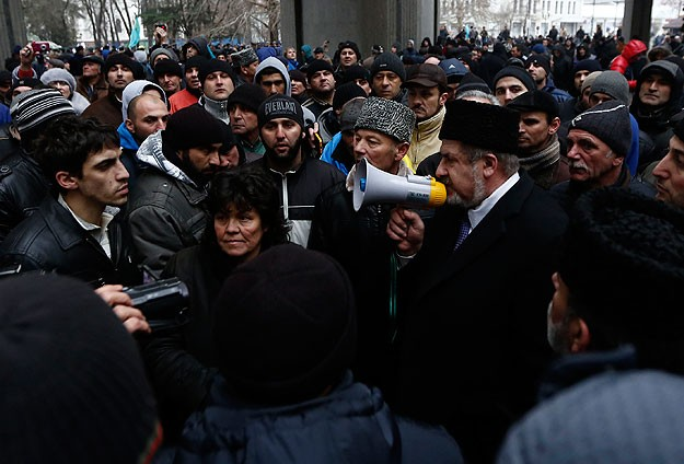 Crimean Tatars banned from marking exile anniversary