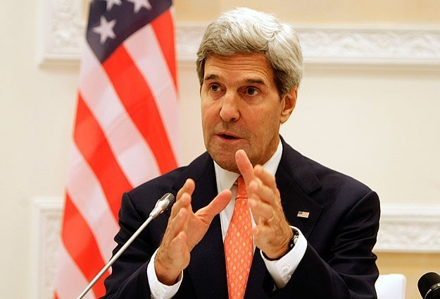 Kerry: Raw data suggest chlorine used as weapon in Syria