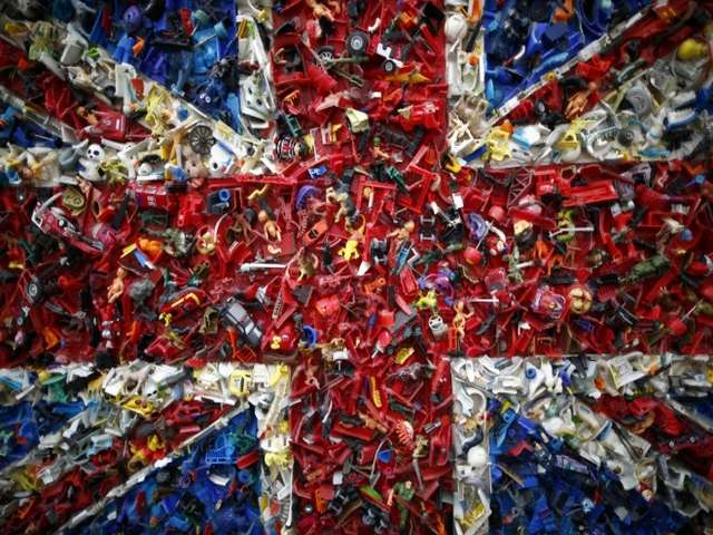 Scottish independence bid flags questions about Union Jack