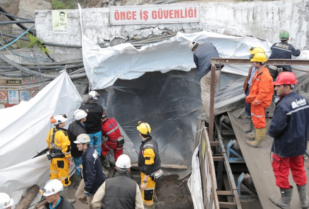 Rescue back on at Turkish coal mine