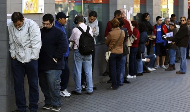Turkey's unemployment rate falls in February