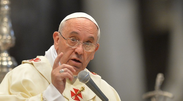 Israel detains two settlers for anti-Pope flyers