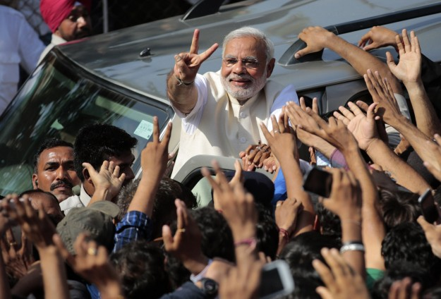 Indian PM launches 'Clean India' campaign
