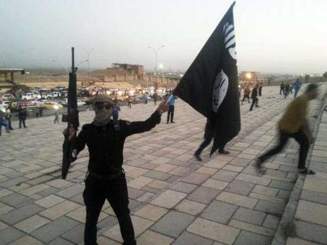 Iraqi forces claim tens of ISIL deaths