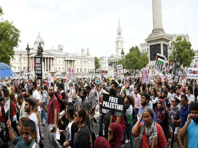 50,000 rally in support of Gaza in London