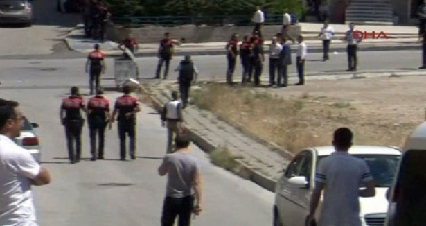 Protesting students leave Libyan embassy in Turkey