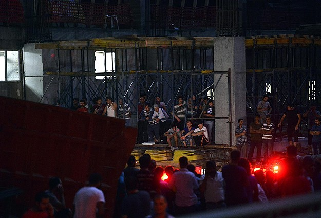 10 killed in elevator accident at Istanbul construction site -UPDATED